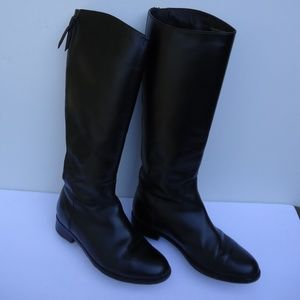 SIZE 6 B.COLE HAAN Black Leather riding Boots.